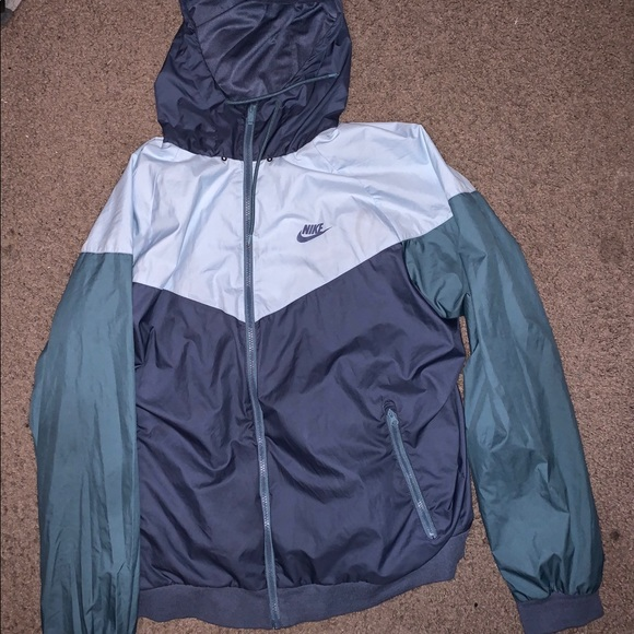 Nike Other - Nike Windbreaker Jacket size xl